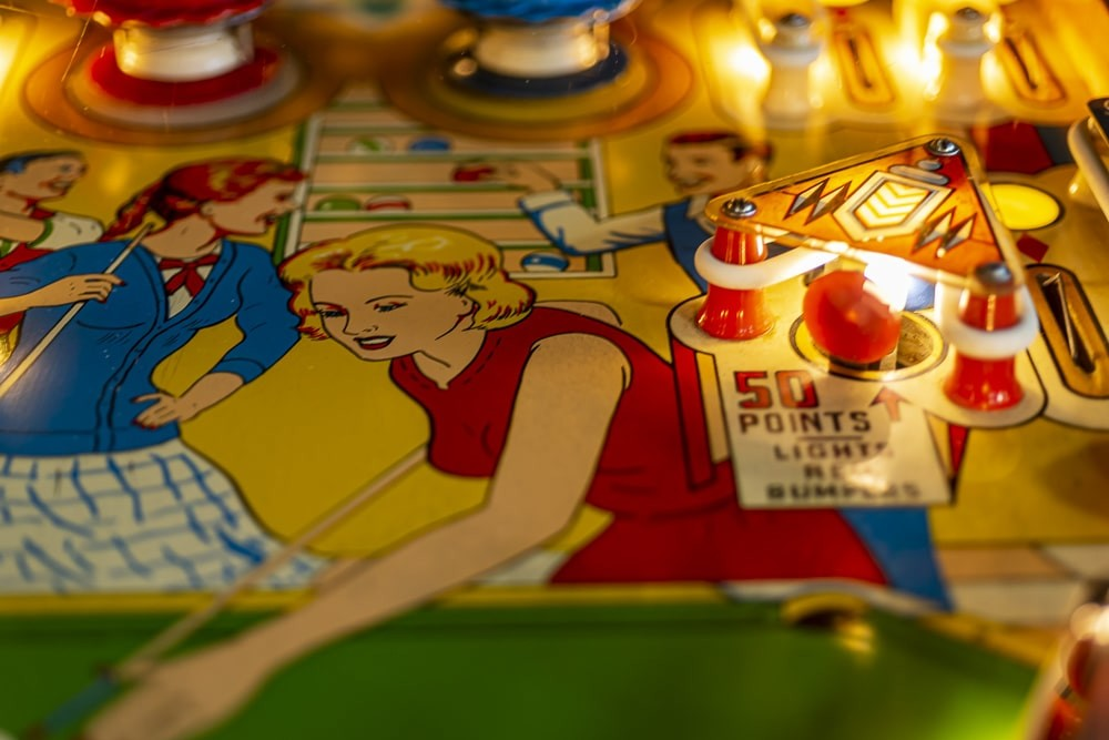 Gobble Holes & Habitrails: 20 Terms for Pinball Newbies